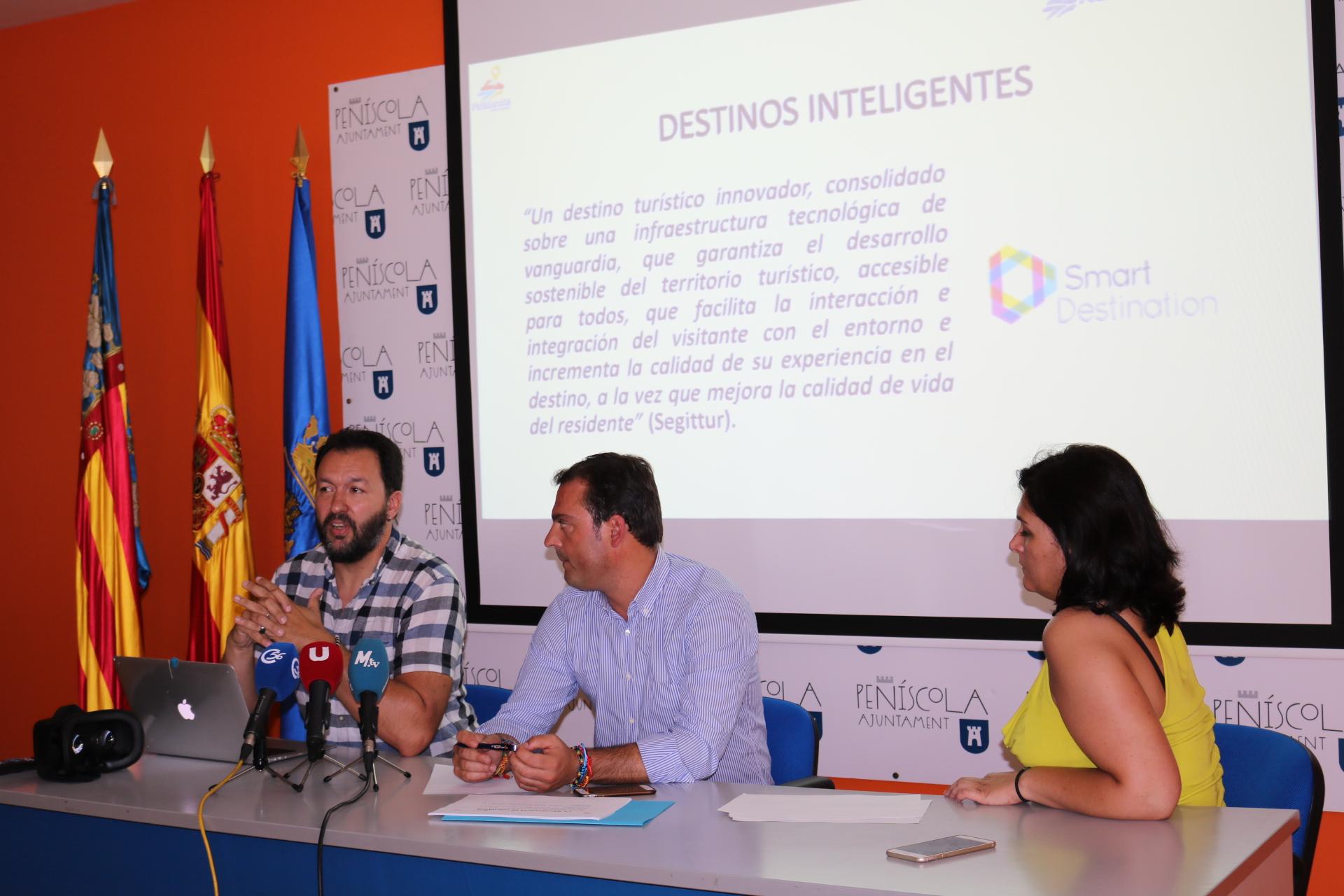 Peníscola presenta els nous mapes turístics interactius