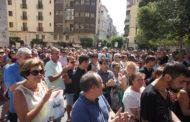 Vinaròs guarda 5 minuts de silenci cap a les víctimes de l'atemptat de Barcelona