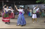 Alcossebre, centenars d'espectadors gaudeixen de la Nit de Danses