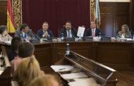 La Diputació aprova una moció per demanar a la Generalitat que no implante la taxa turística