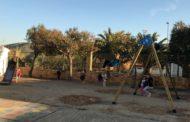 Canet lo Roig, l'Ajuntament i l'AMPA renoven el parc infantil del col·legi públic