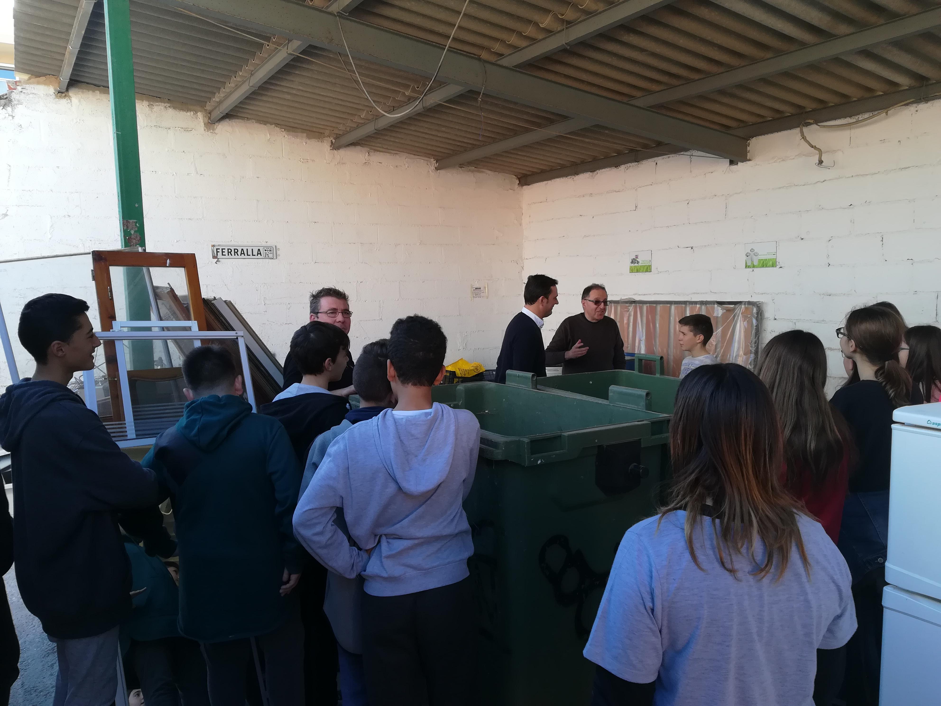 Peníscola, els alumnes de primer de secundària visiten l'Ecoparc
