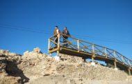 Vinaròs, acaben les feines d'instal·lació d'una passarel·la al poblat iber