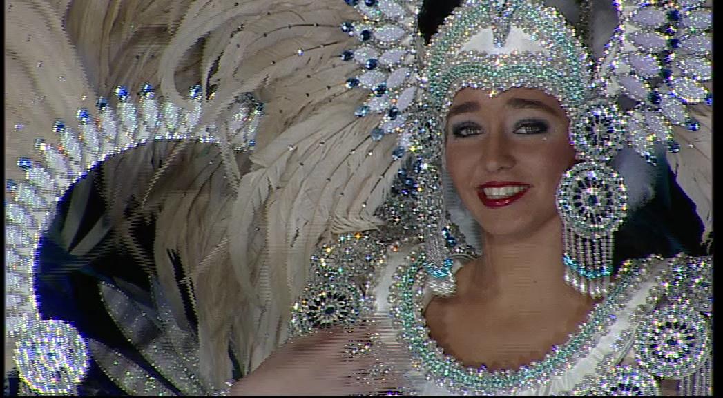 Vinaròs, milers de persones gaudeixen de les desfilades del Carnaval