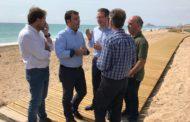 Peníscola, es reparen els danys de la platja Nord i es restitueix la duna