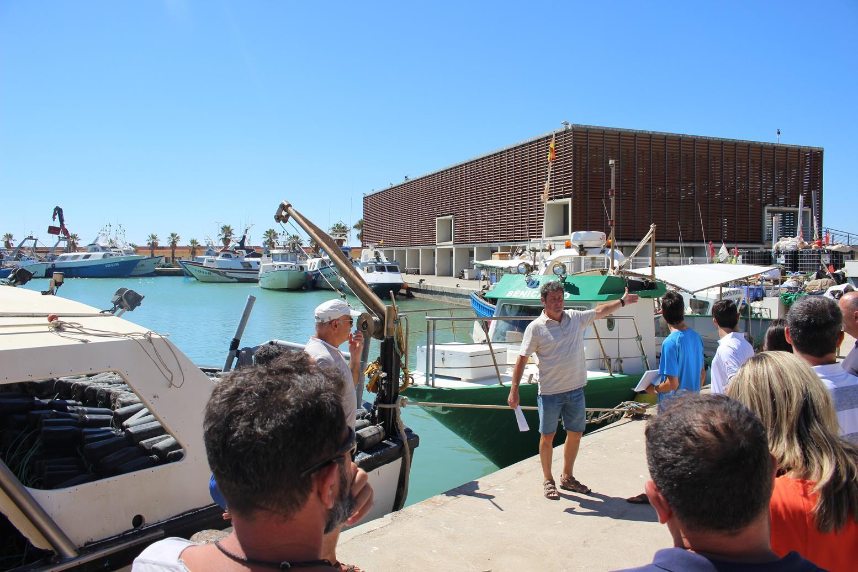 La Conselleria d'Agricultura destina un milió d'euros al sector pesquer afectat per la paralització temporal de l'activitat