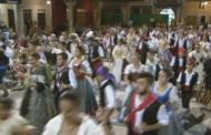 Sant Mateu, el Ball Pla ompli fins a vessar la plaça Major
