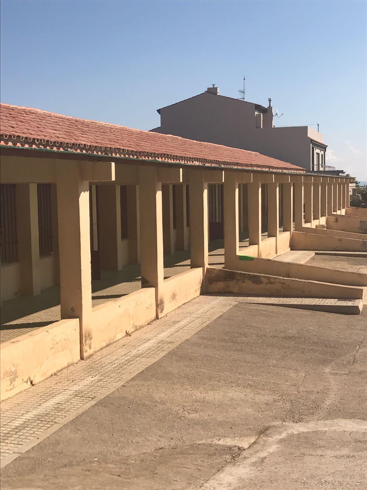 Canet lo Roig, l'Ajuntament demana a Educació que repare deficiències del col·legi