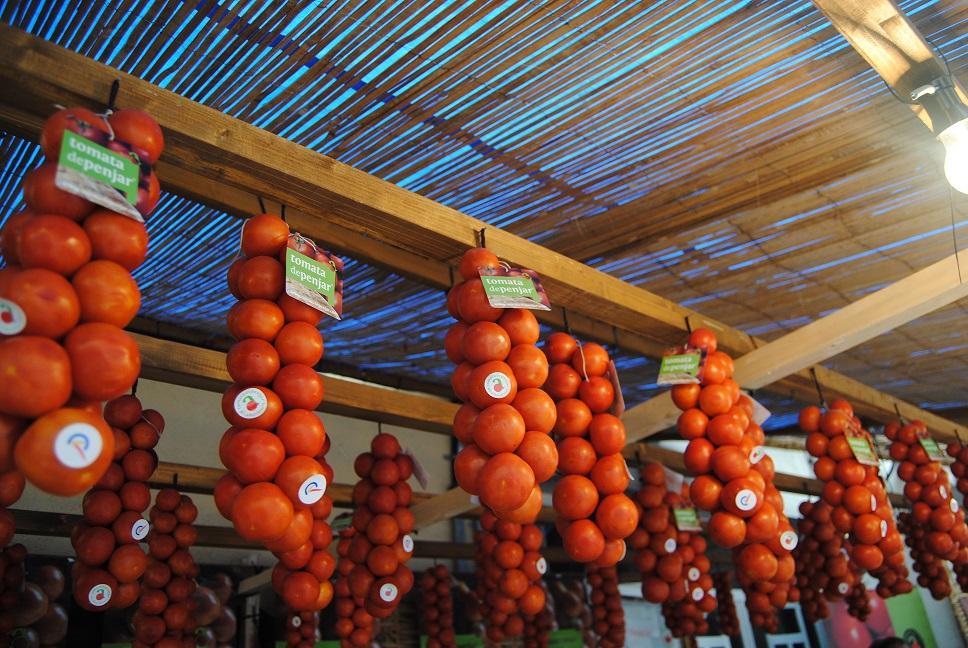 Alcalà, la Fira de la Tomata de Penjar aconsegueix un rècord d'assistència de visitants
