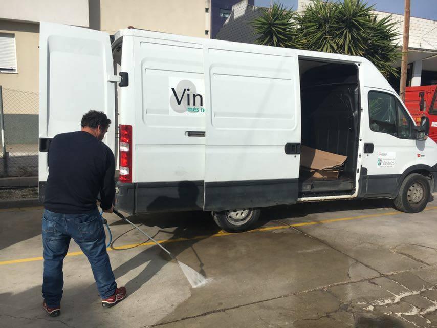Vinaròs, l'Ajuntament millora el sistema de neteja dels carrers d'aigua a pressió