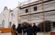 Peñíscola; visita a les obres de l'ermita de Sant Antoni i de manteniment del recinte esportiu 02/02/2018