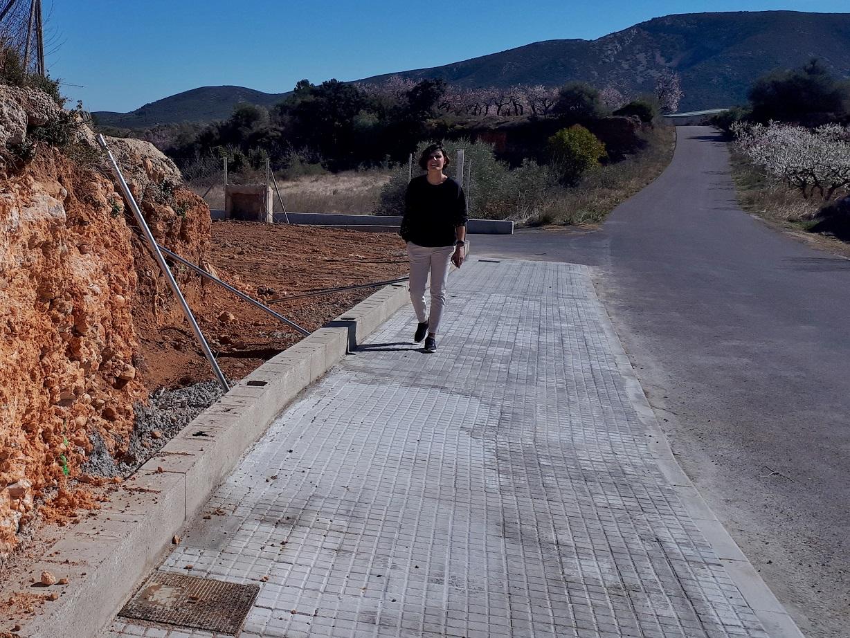 Canet lo Roig, finalitzen les feines d'urbanització dels accessos al nou local polivalent