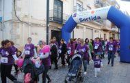 Alcalà de Xivert va celebrar divendres el Dia de la Dona amb la lectura del manifest i una cursa solidaria
