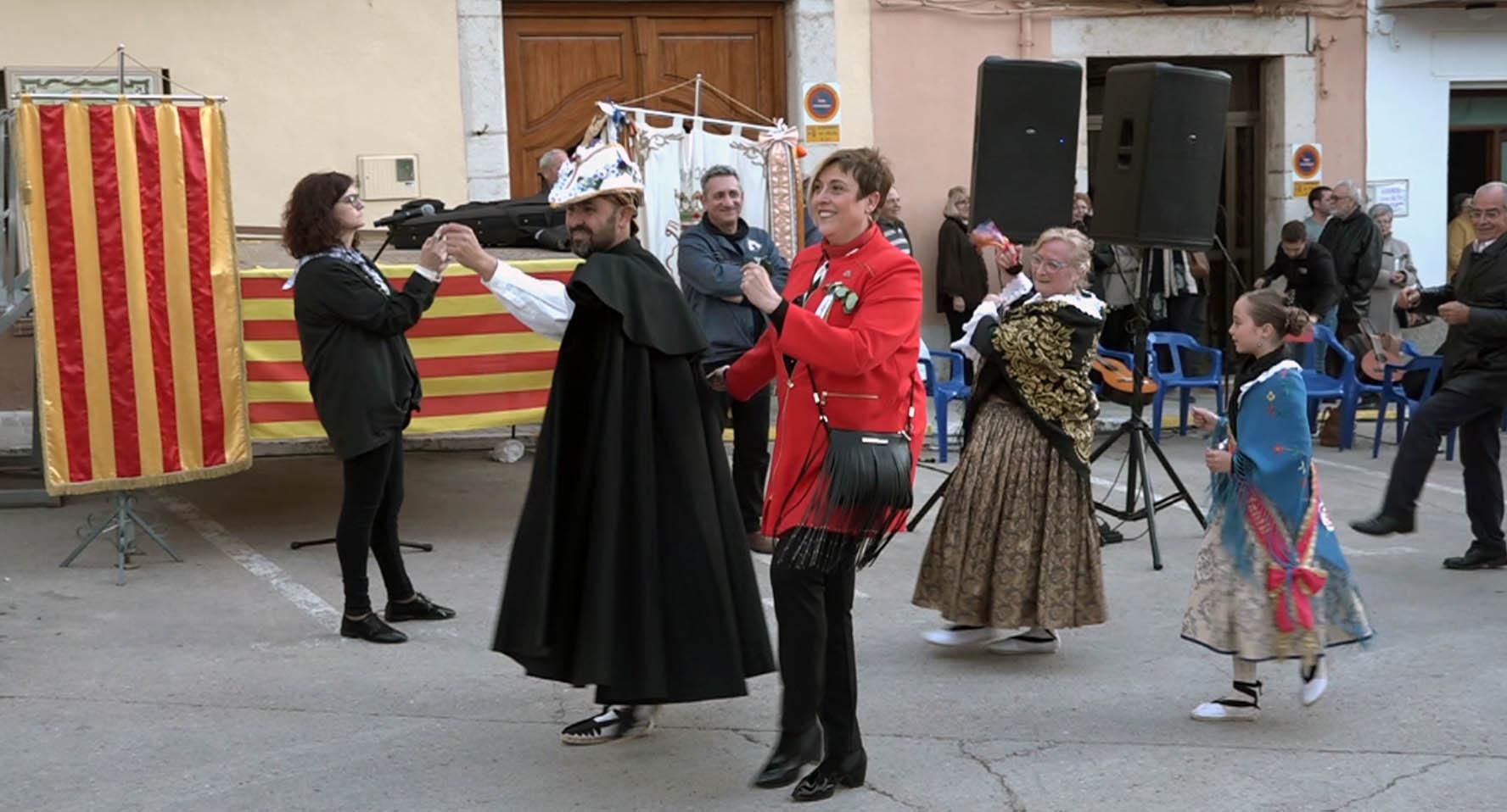 Càlig ha celebrat la Festa de Sant Vicnet amb el Cant de la Lloa i el Ball de la Dansa