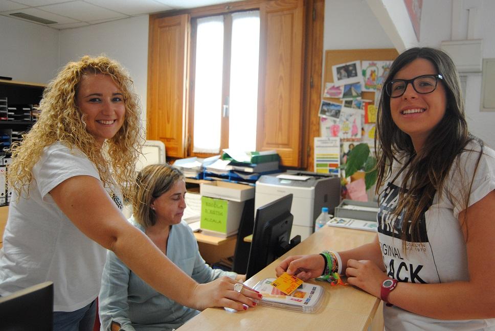 Alcalà de Xivert expedeix el Carnet Jove per als adolescents entre els 14 i 30 anys