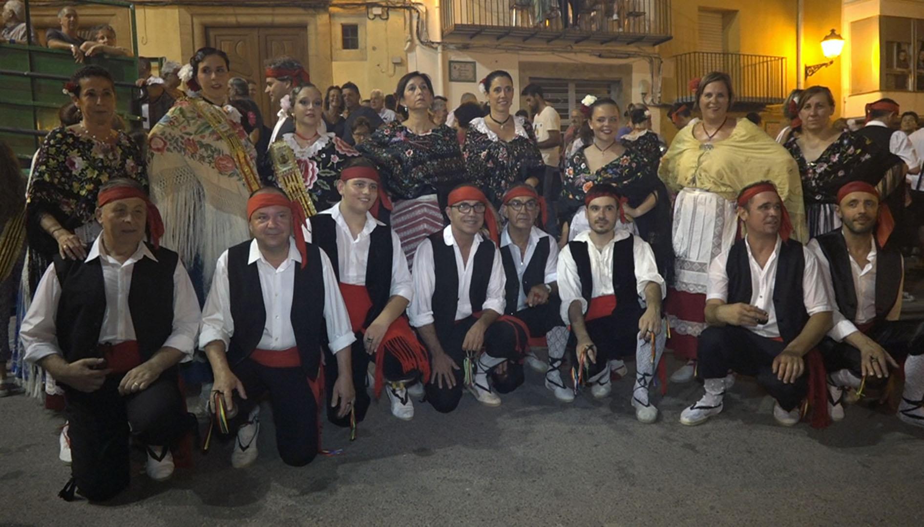 Cervera celebra el ball de la Carabassa amb la Jota i Dansa a la plaça Maestrat