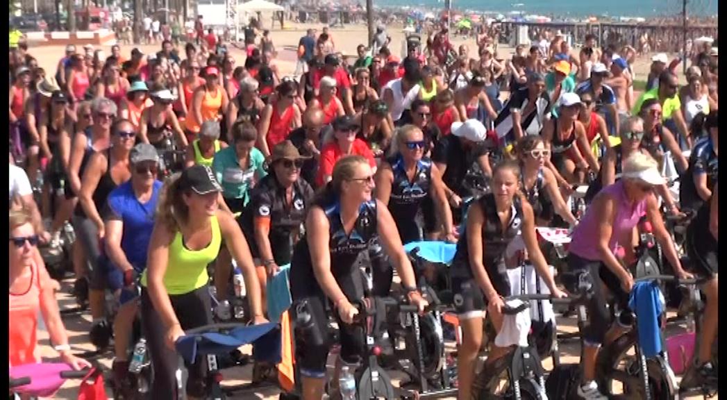 Peníscola, centenars de persones participen en la 7a edició del Ciclo Indor