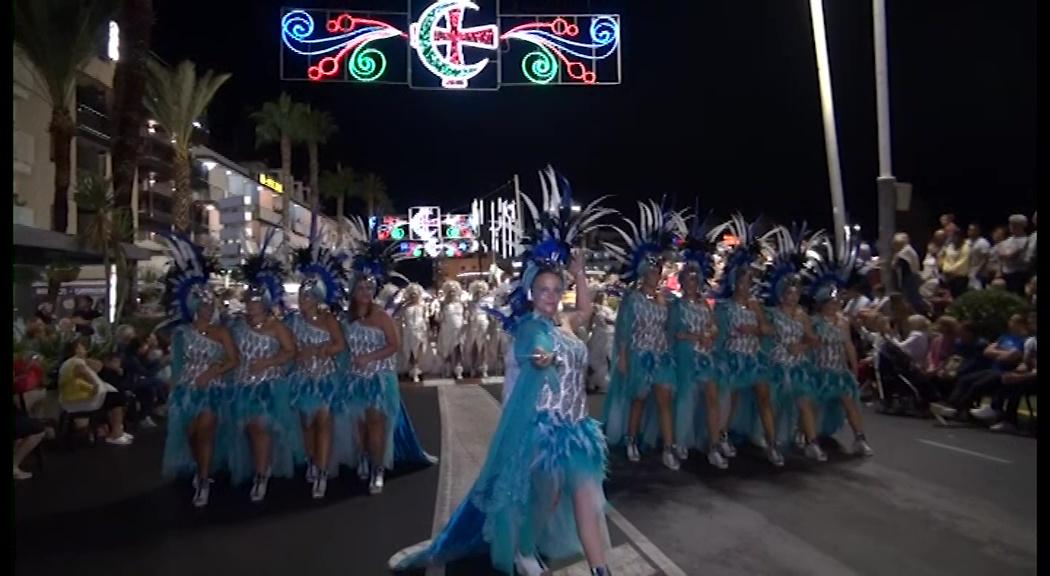 Peníscola celebra les desfilades dels Moros i Cristians