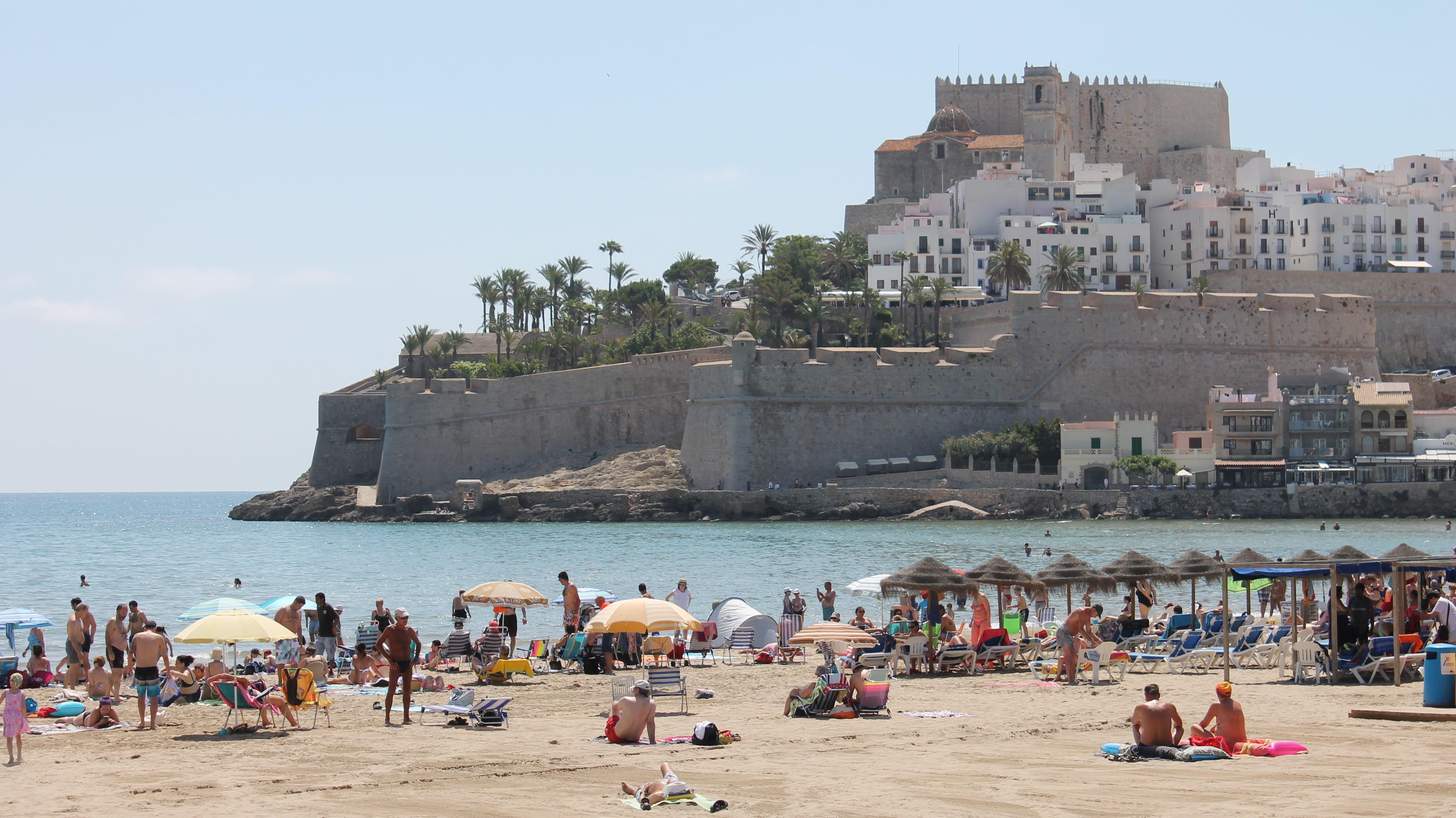 Peníscola supera les més de 19.000 consultes a les oficines de turisme