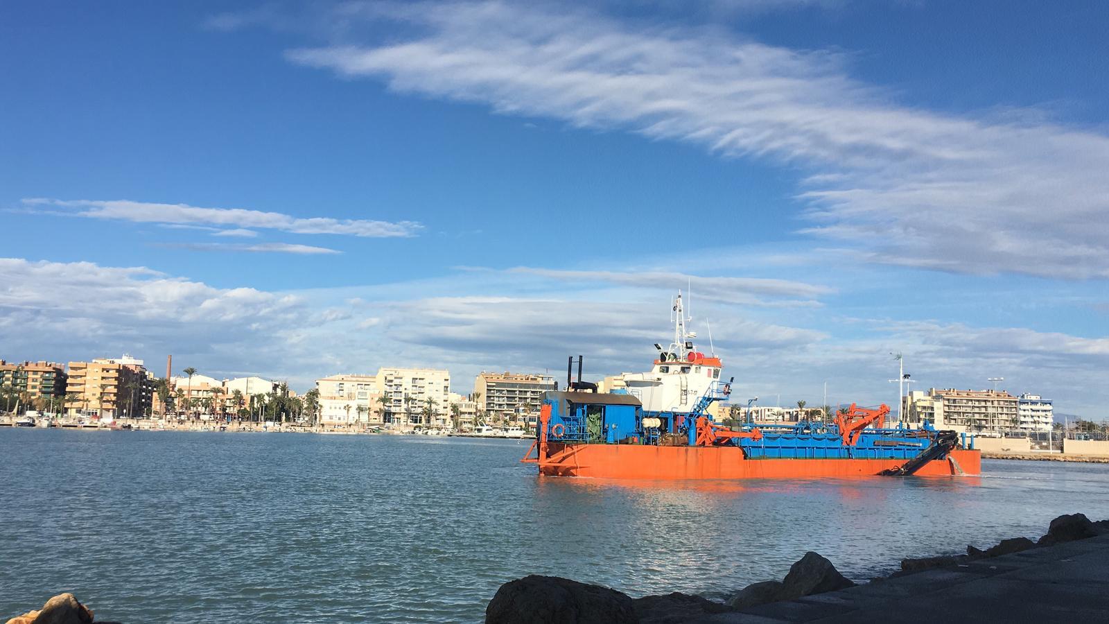 Benicarló, la Generalitat comença les feines de dragatge al port