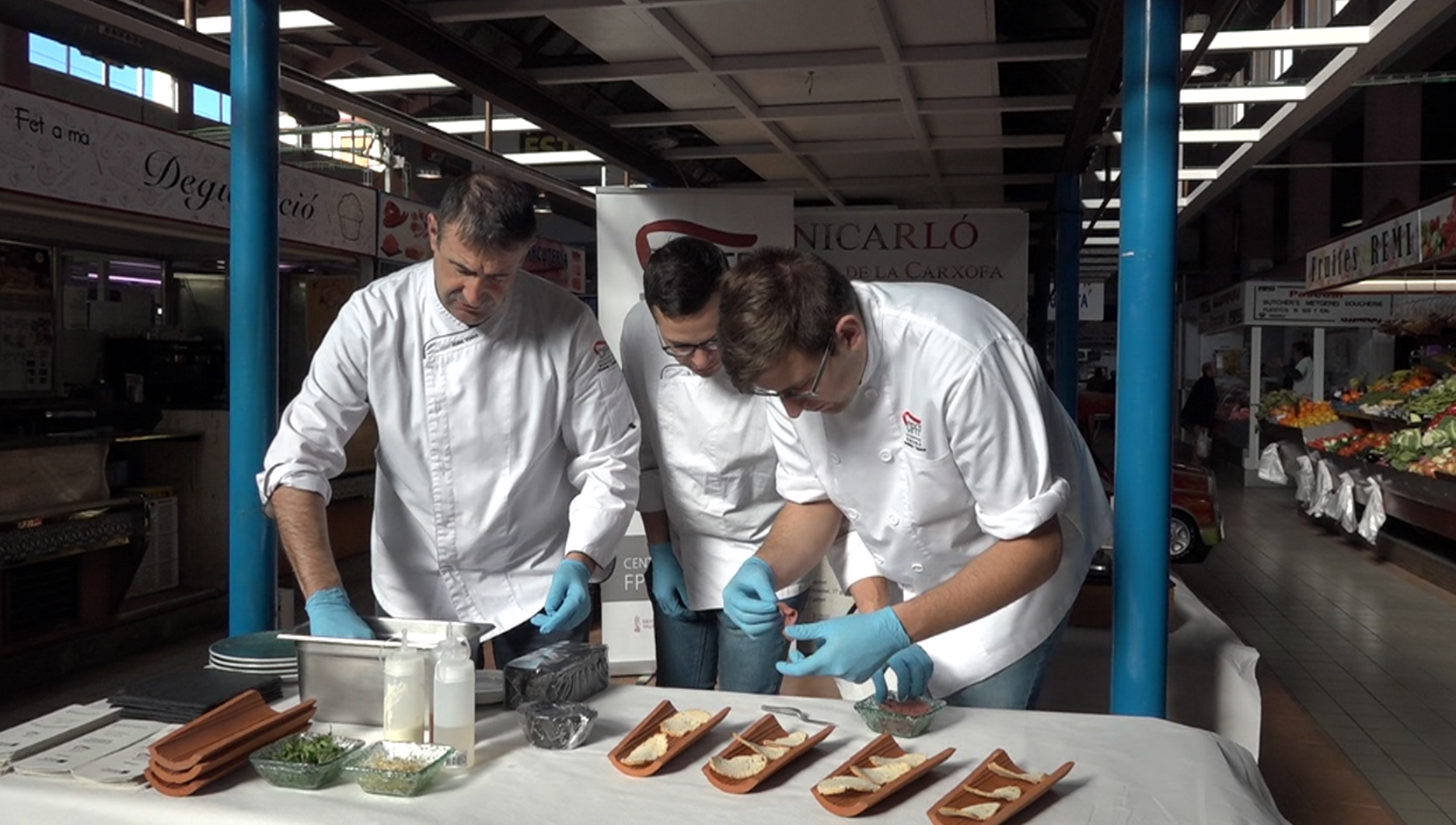 Benicarló, els alumnes d'Hostaleria del CIPFP cuinen al Mercat