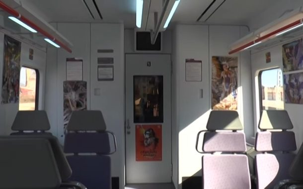 Vinaròs presenta els trens regionals amb imatges del Carnaval