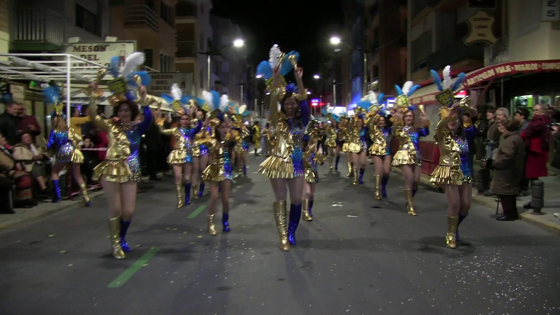 Peníscola celebra el Carnaval 2019 amb la participació de centenars de veïns