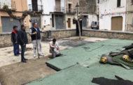 Santa Magdalena, s'inicien les feines de millora del parc infantil de la plaça de l'església