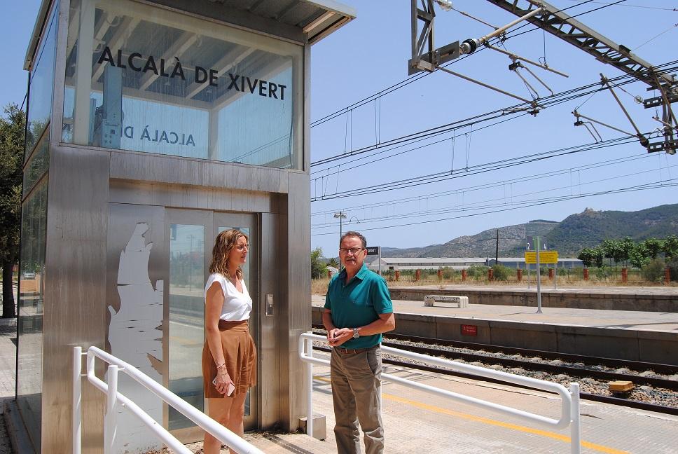 Alcalà, Adif comença les feines de reparació de l'ascensor de l'estació de tren