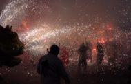 Cervera, la 7a Trobada de Dracs i Bèsties de Foc ompli els carrers d'espurnes i dimonis