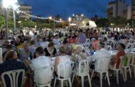 Benicarló; Sopar de germanor de pa i porta a la plaça Constitució de Benicarló 19-08-2019