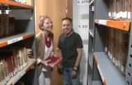 Vinaròs, Alfredo Gómez fa la donació del primer volum del llibre