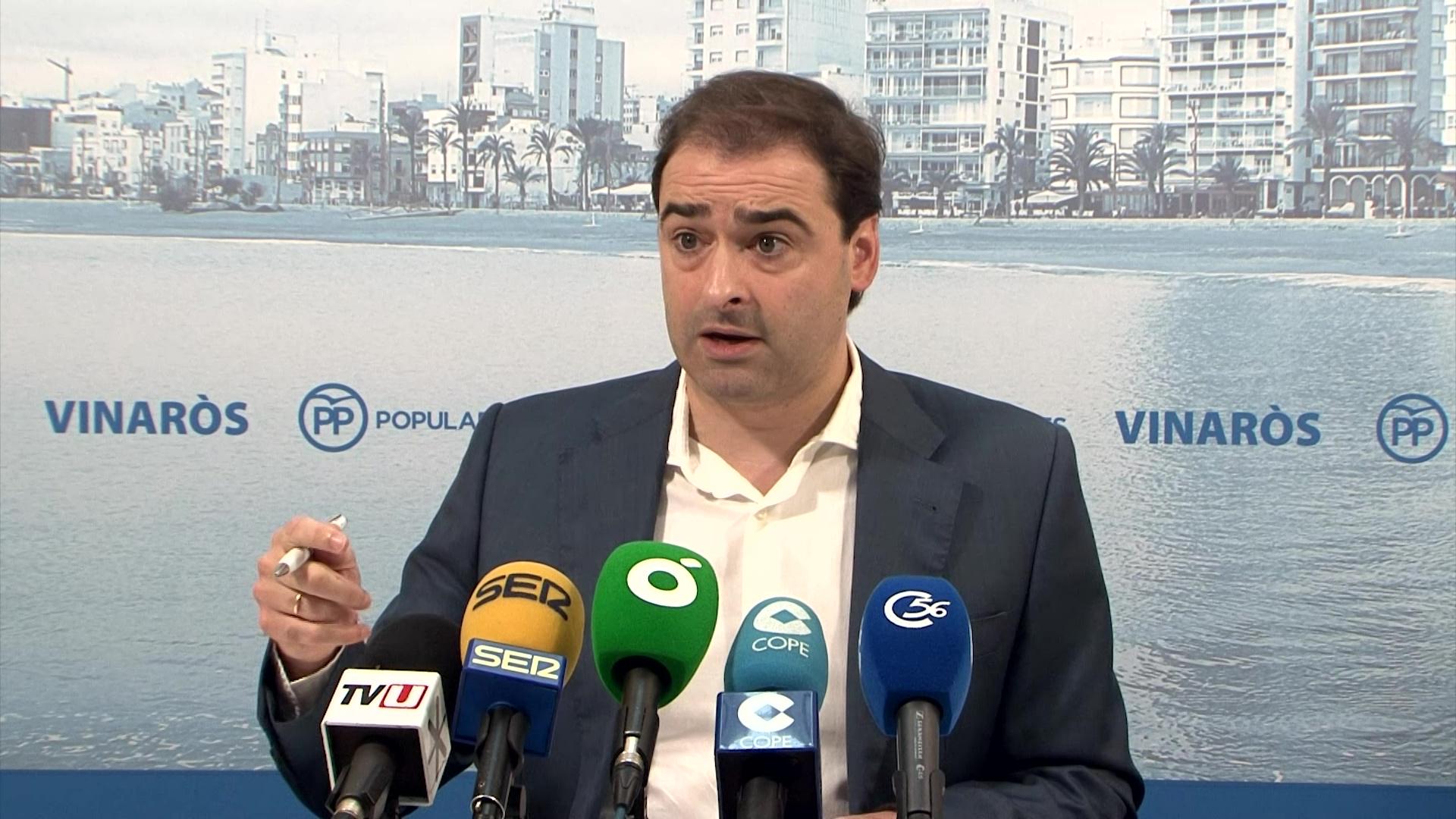 """El PP vol saber """"perquè es permet que l'empresa de la zona blava es quede la recaptació quan deu 250.000 euros"""""""