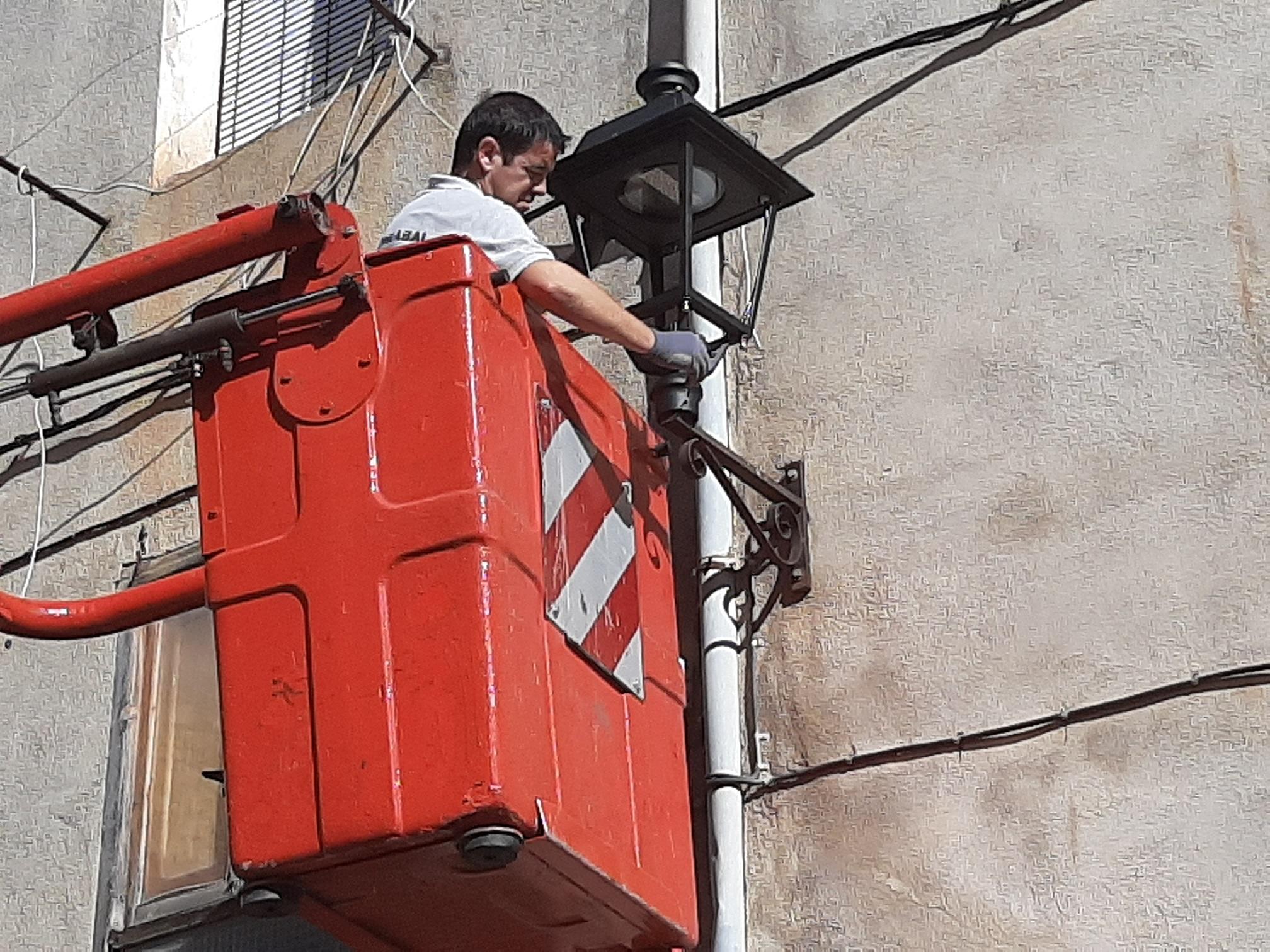 Canet lo Roig; Canet renova el sistema d'enllumenat públic
