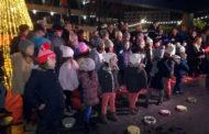 El Nadal arriba a Peníscola amb l'encesa oficial de les llums enfront del Palau de Congressos