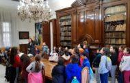 Els alumnes de quart de primària del CEIP Eduardo Matínez Ródenas de Benicarló visiten l'Ajuntament