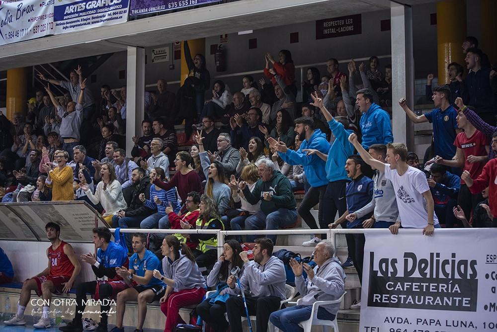 Partit de màxima igualtat entre el CB Benicarló i el Bàsquet Girona, líder de la categoria