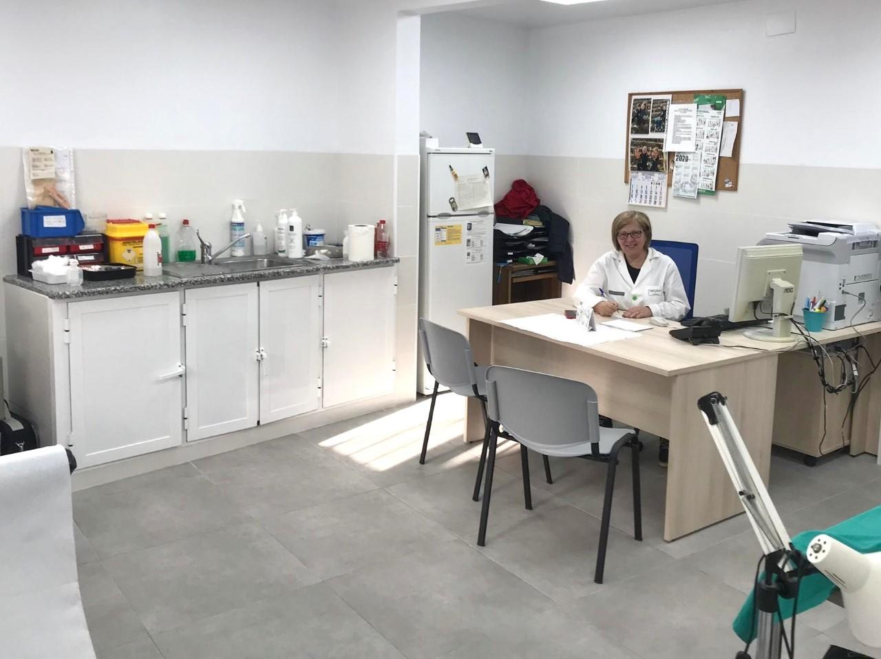 El consultori mèdic de Canet lo Roig obri les seues portes després de la reforma integral