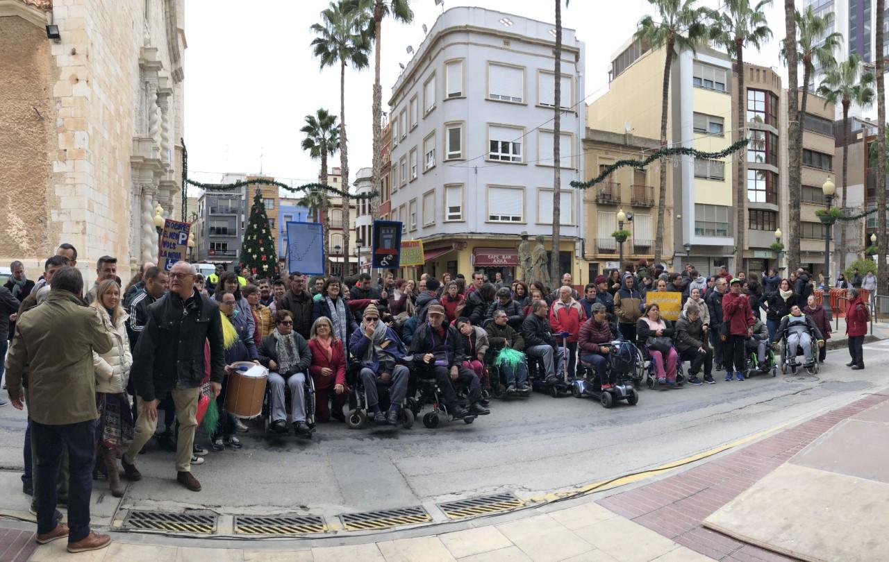 Benicarló reivindica els drets de les persones amb discapacitat