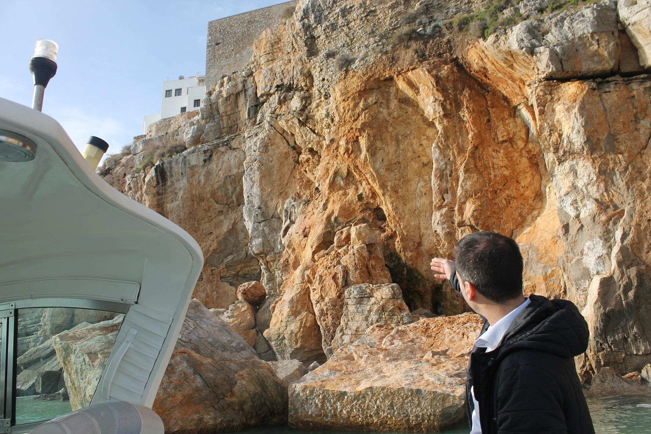 """La fortalesa de Peníscola aguanta sense nous despreniments en els seus penya-segats després de la borrasca """"Glòria"""""""