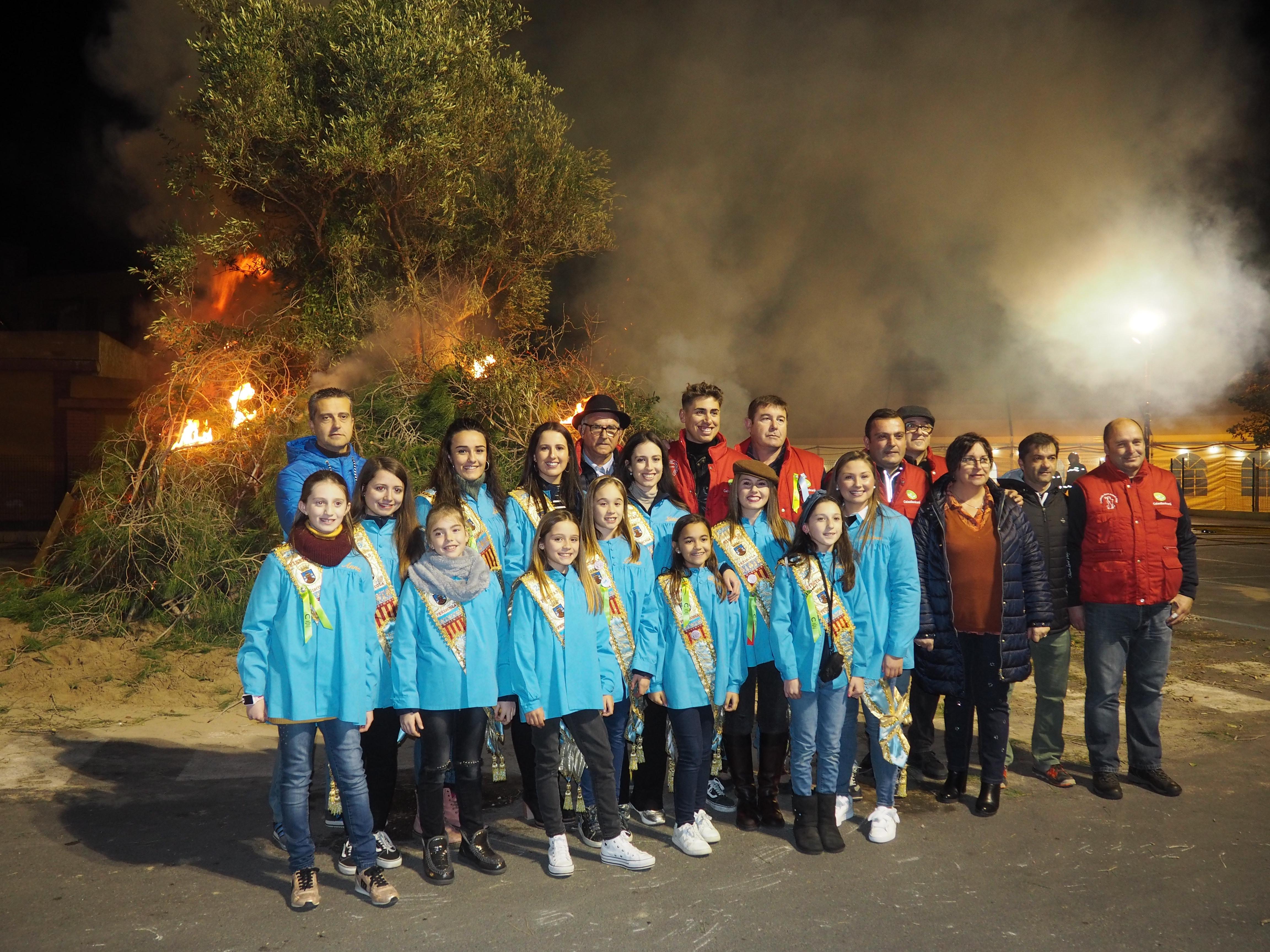 Peníscola celebra el Dia de la Foguera dins de la programació de Sant Antoni Abat