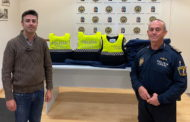 La Policia Local de Benicarló renova les armilles antibales
