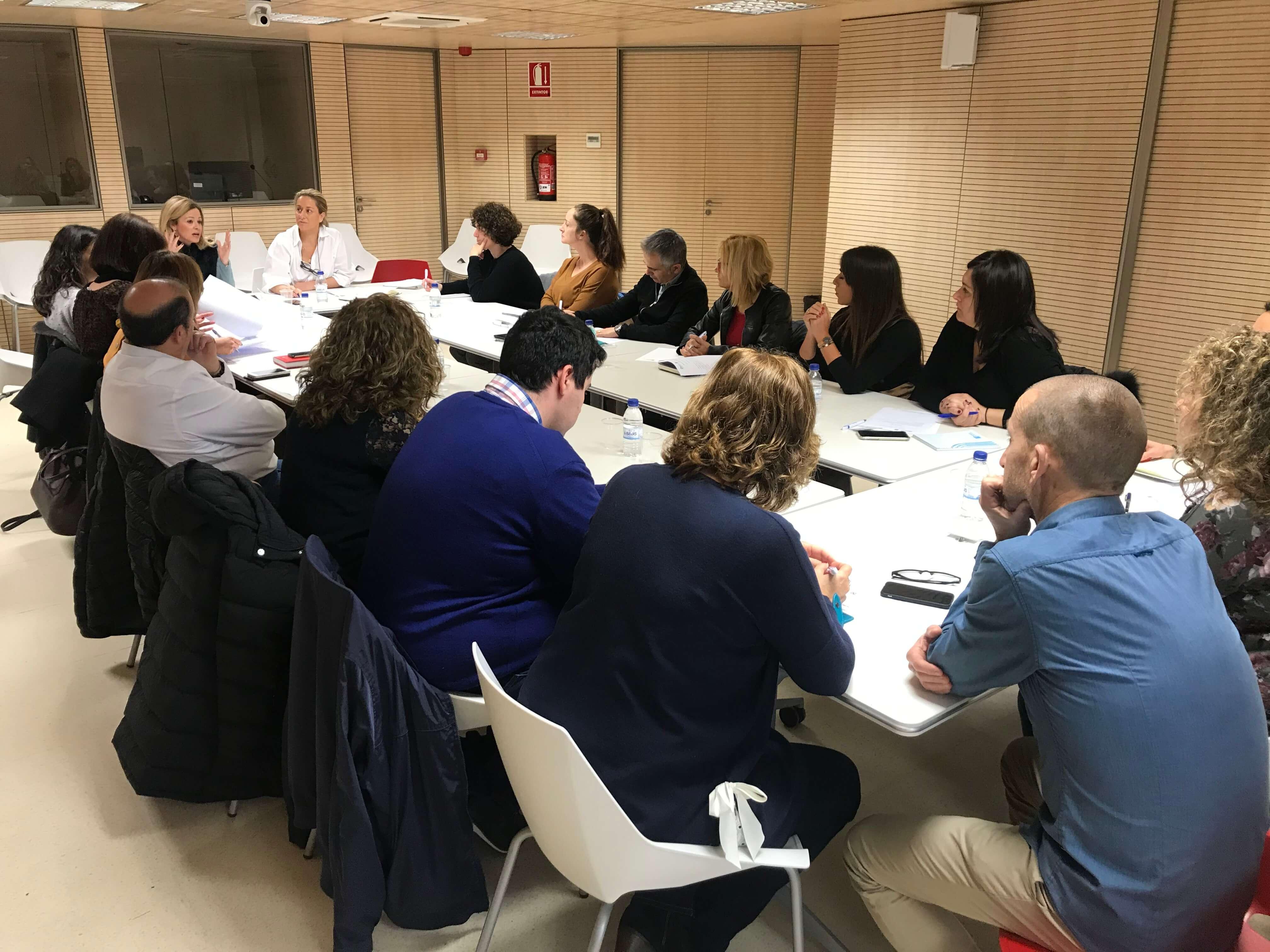 El Patronat Provincial de Turisme reuneix els 16 municipis de costa per a coordinar estratègies conjuntes