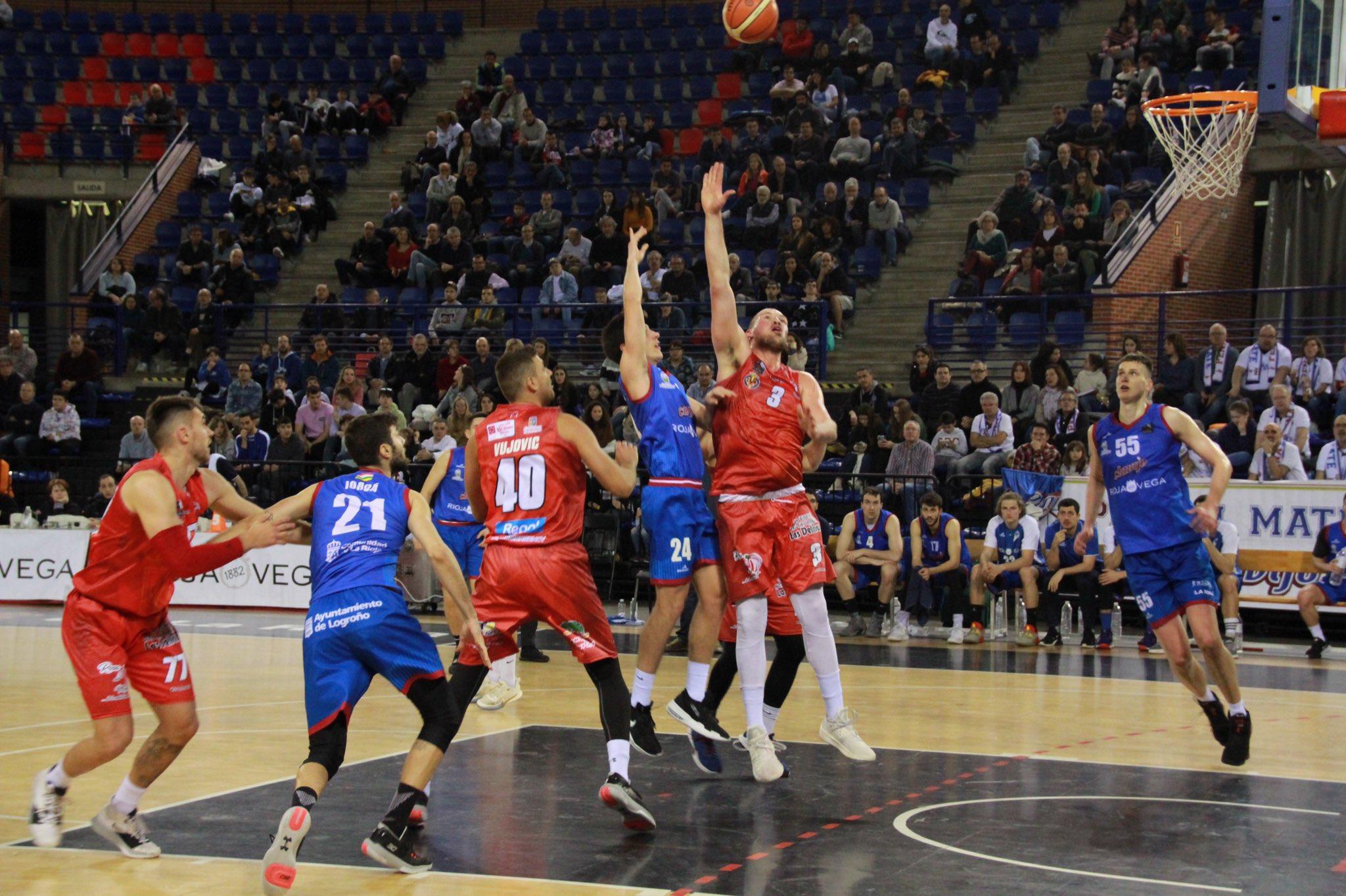 La Rioja s'imposa a l'equip benicarlando (96-61)