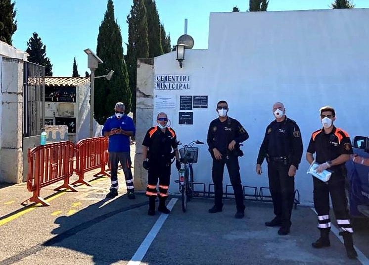 Continuen les tasques de control de la Policia Local en el cementeri municipal de Benicarló