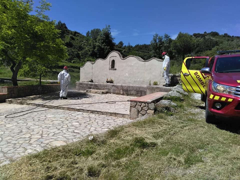 El Consorci Provincial de Bombers fa tasques de desinfecció a Xert