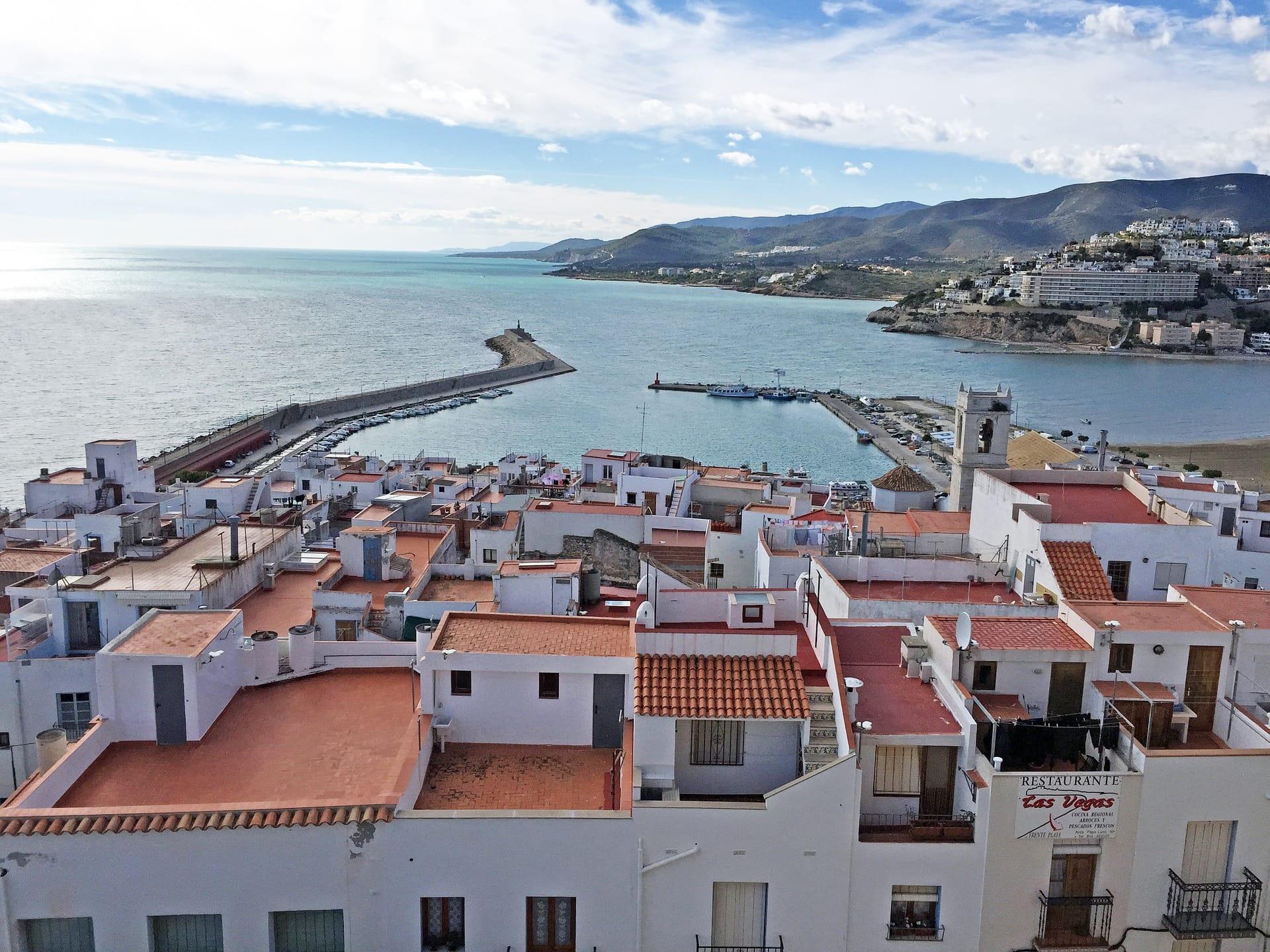 El Consell ratifica la contractació d'emergència per a la reparació del port de Peníscola afectat pel Glòria