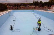 Sant Jordi prepara la posada a punt de la piscina i l'Escola d'Estiu