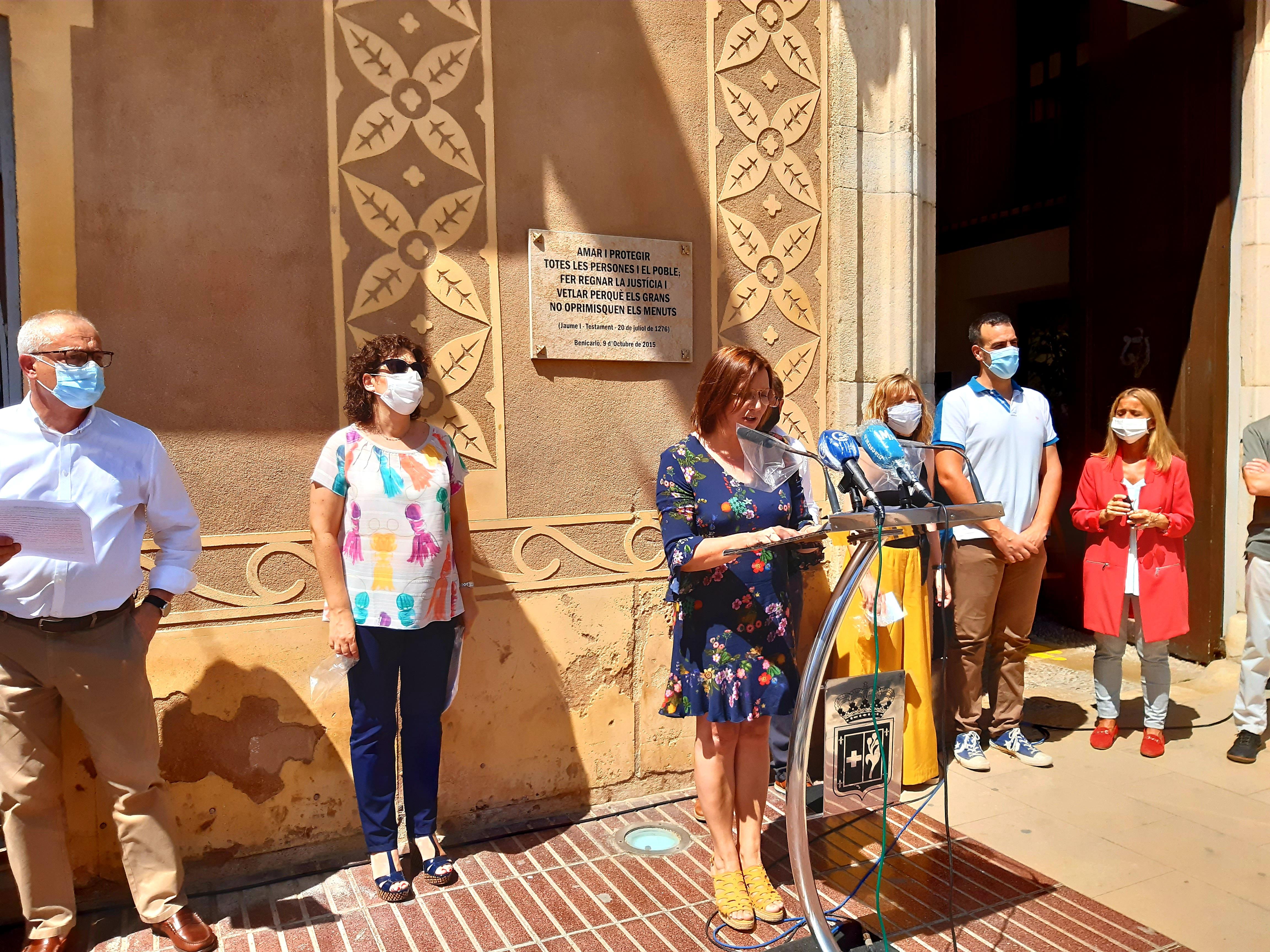 Lectura del manifest amb motiu del Dia Internacional de l'Orgull LGTBIQ+ a Benicarló