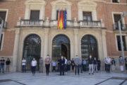 La Diputació de Castelló guarda un minut de silenci en memòria de les víctimes de la COVID-19